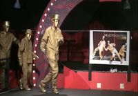Tanssivat ihmisrobotit