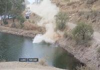 Ott Tänakin WRC-auto ajautuu järveen