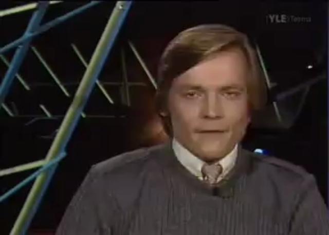 Timo TA Mikkonen kertoo sarjasta jossa ajetaan erittäin voimakkailla autoilla
