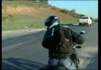 Miestä Haastatellaan liikenneonnettomuuksista